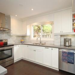 Kitchen at 165 Three Valleys Drive, Parkwoods-Donalda, Toronto