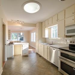 Kitchen at 166 Underhill Drive, Parkwoods-Donalda, Toronto