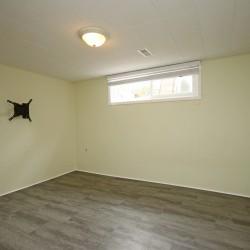 Basement Bedroom at 17 Royal Doulton Drive, Parkwoods-Donalda, Toronto