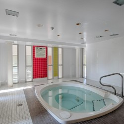 Hot tub at 505 - 30 Canterbury Place, Willowdale West, Toronto