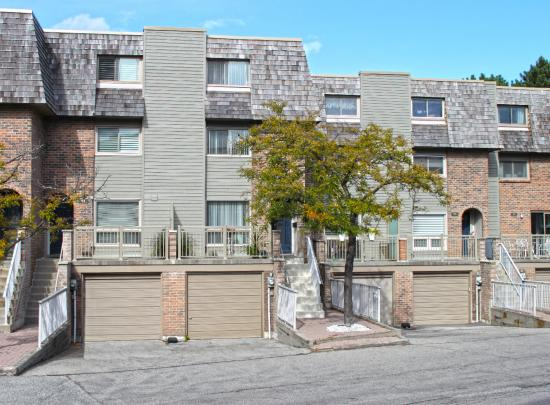 93 Dutch Myrtle Way, Banbury-Don Mills, Toronto