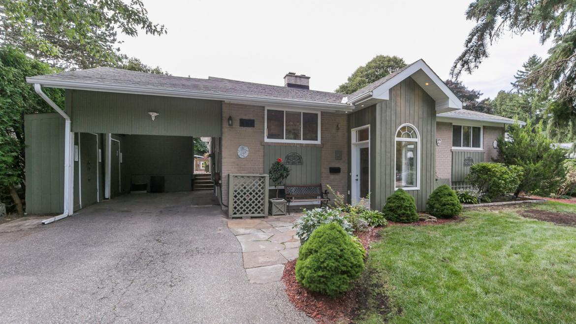 4 Thorn Lane, Banbury-Don Mills, Toronto