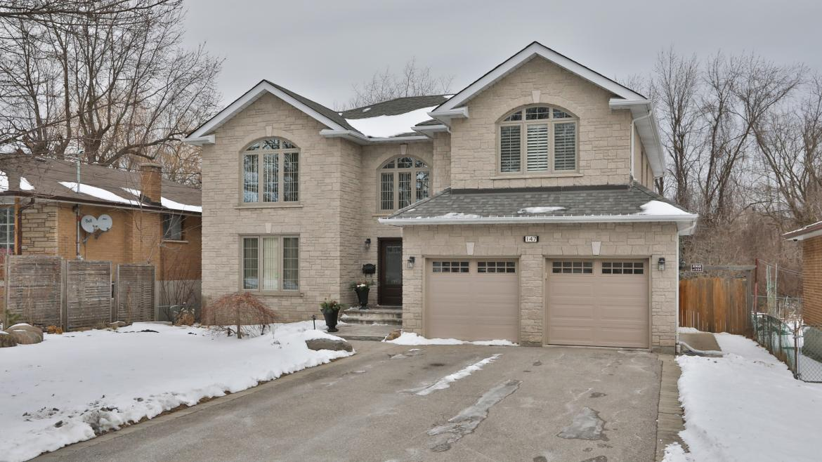 147 Manse Road, West Hill, Toronto